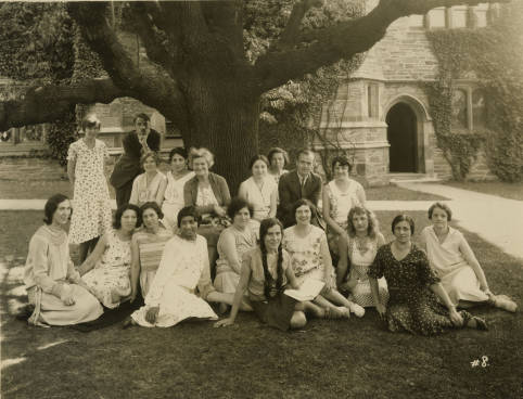 Faculty_and_students_from_the_Bryn_Mawr_Summer_School_for_Women_Workers_in_Industry